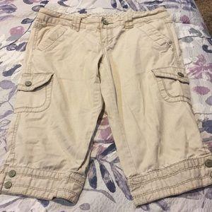 Aeropostale Cargo Capri Pants